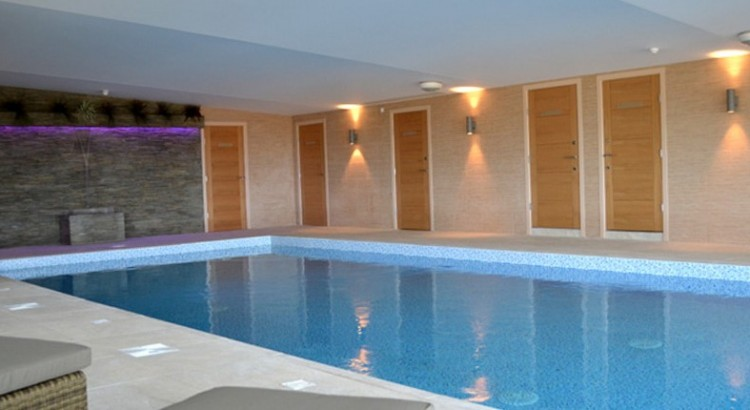 commercial-pools-1-1030x430